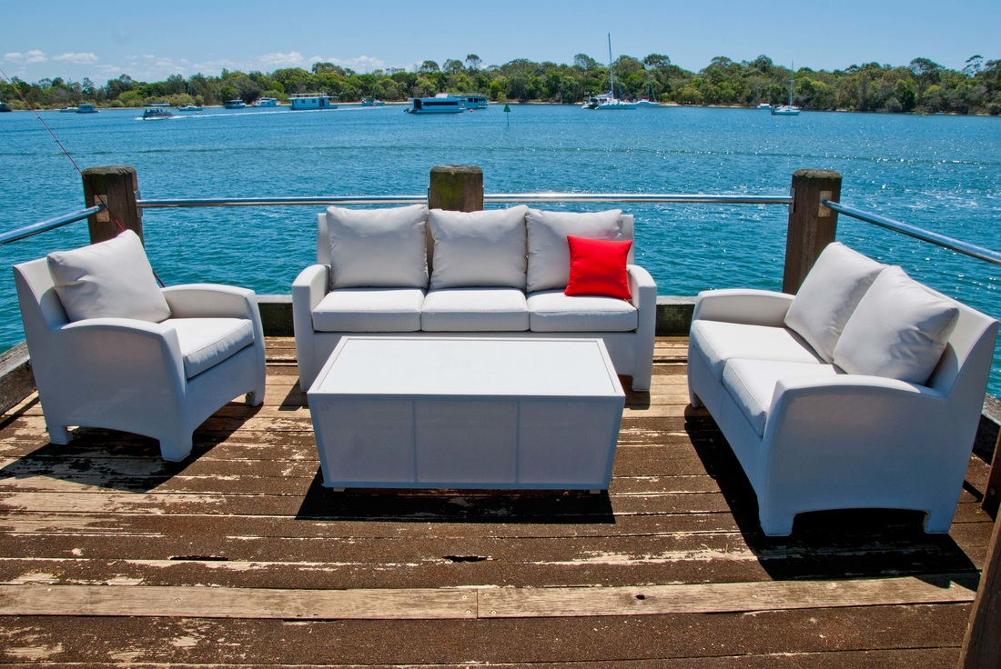 LENZO outdoor furniture set. Available at Fuengirola, Estepona, Malaga, Costa del Sol and el Puerto de Santa Maria, Cadiz stores