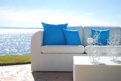 NUAGE outdoor furniture set. Available at Fuengirola, Estepona, Malaga, Costa del Sol and el Puerto de Santa Maria, Cadiz stores